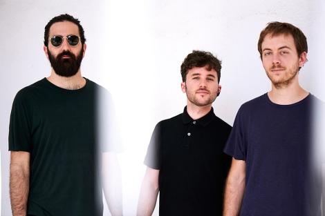 02-flim-trio-cold